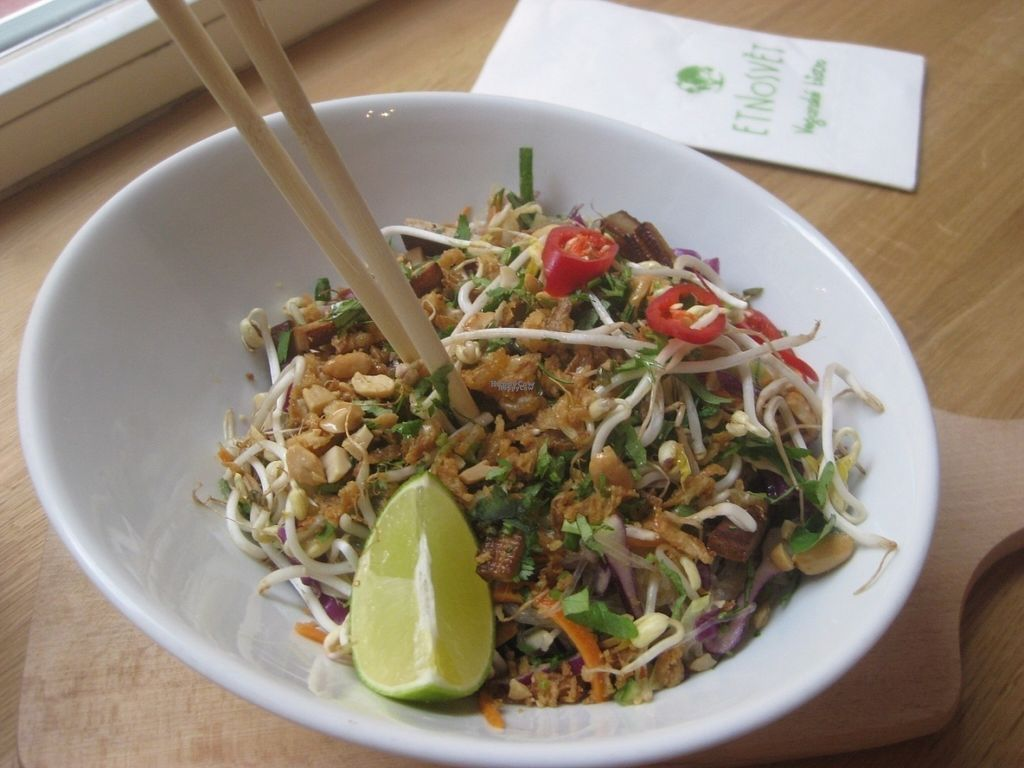 """Photo of CLOSED: Etnosvet Bistro  by <a href=""""/members/profile/jennyc32"""">jennyc32</a> <br/>Asian glass noodle salad <br/> October 26, 2016  - <a href='/contact/abuse/image/66563/184571'>Report</a>"""