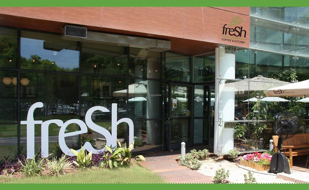 """Photo of Fresh Kitchen - Schuster Center Mall  by <a href=""""/members/profile/Brok%20O.%20Lee"""">Brok O. Lee</a> <br/>Outside <br/> December 3, 2015  - <a href='/contact/abuse/image/66585/126988'>Report</a>"""