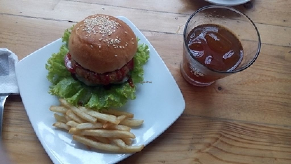 """Photo of LN Fortunate Coffee - Jogja  by <a href=""""/members/profile/clary"""">clary</a> <br/>great tempeh burger <br/> March 5, 2016  - <a href='/contact/abuse/image/66618/138808'>Report</a>"""