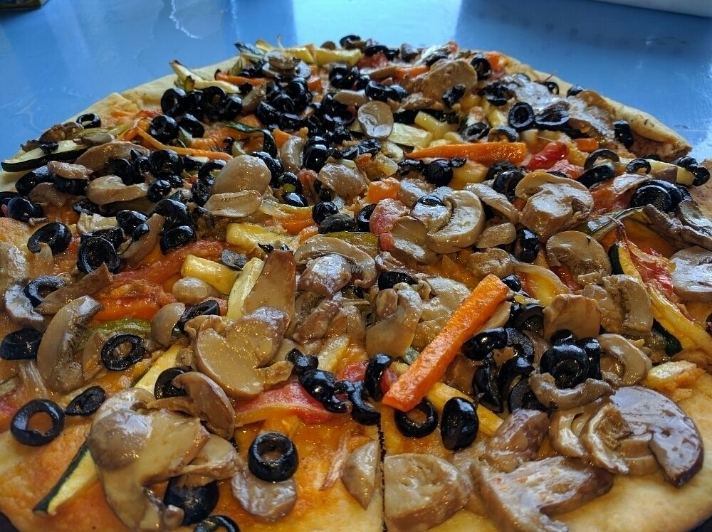 """Photo of Sandbar  by <a href=""""/members/profile/The%20Hungry%20Vegan"""">The Hungry Vegan</a> <br/>Vegan Pizza <br/> September 11, 2016  - <a href='/contact/abuse/image/66666/175153'>Report</a>"""