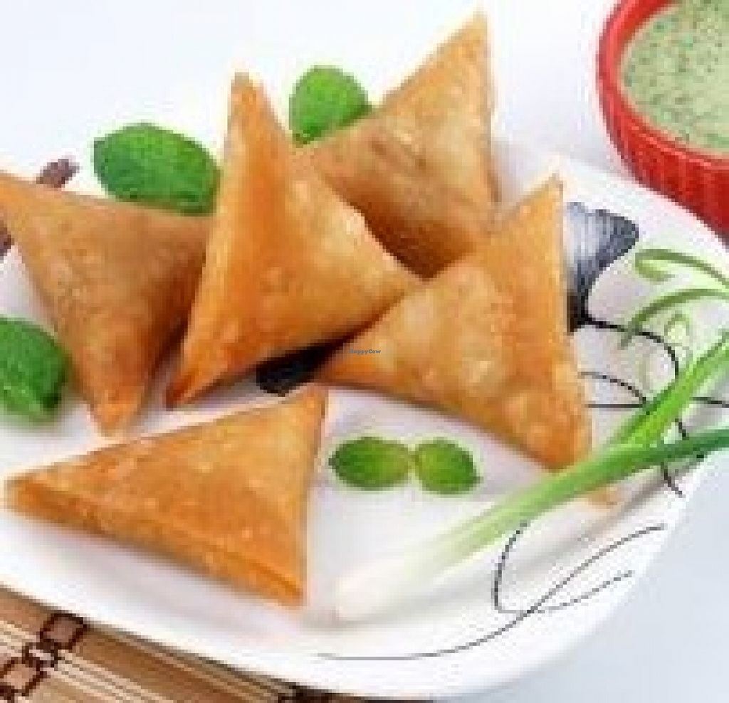 """Photo of Meera Foods  by <a href=""""/members/profile/community"""">community</a> <br/>samosas  <br/> December 14, 2015  - <a href='/contact/abuse/image/66762/128515'>Report</a>"""