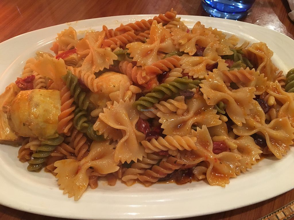 """Photo of Simply Natural Cafe  by <a href=""""/members/profile/TatiMC"""">TatiMC</a> <br/>Italiano - Pasta with sauce, artichokes, sun dried tomatoes, dried cranberries and pine nuts <br/> June 23, 2017  - <a href='/contact/abuse/image/6679/272457'>Report</a>"""