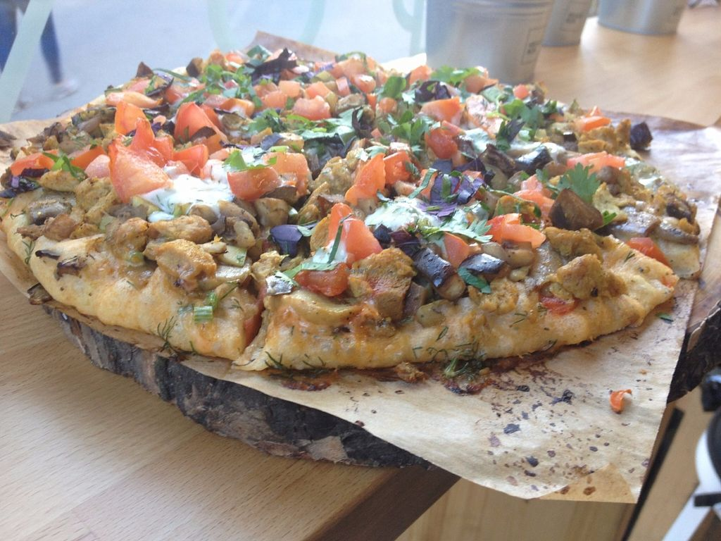 """Photo of Veggie Box  by <a href=""""/members/profile/vegan_ryan"""">vegan_ryan</a> <br/>Hardcore vegan pizza <br/> May 28, 2016  - <a href='/contact/abuse/image/66810/151111'>Report</a>"""