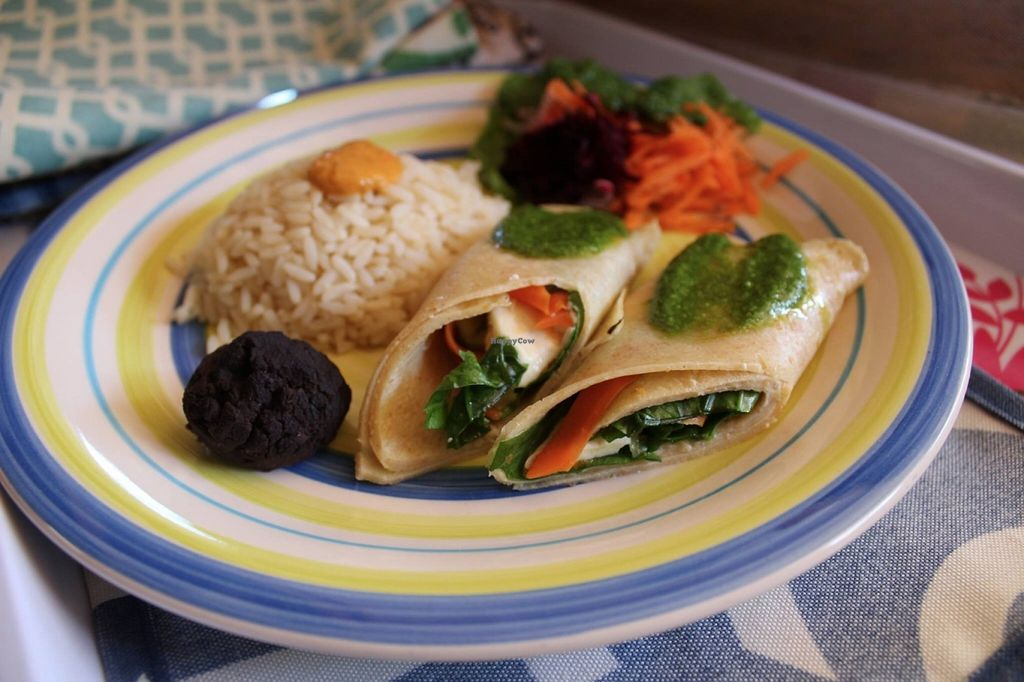 "Photo of Alma De Colores  by <a href=""/members/profile/community"">community</a> <br/>rice with veggie wrap <br/> June 3, 2016  - <a href='/contact/abuse/image/66833/152084'>Report</a>"