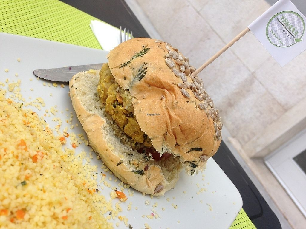 "Photo of Vegana Burgers - Atrium Saldanha  by <a href=""/members/profile/SandraVentura"">SandraVentura</a> <br/>good !! <br/> June 15, 2017  - <a href='/contact/abuse/image/66852/269247'>Report</a>"
