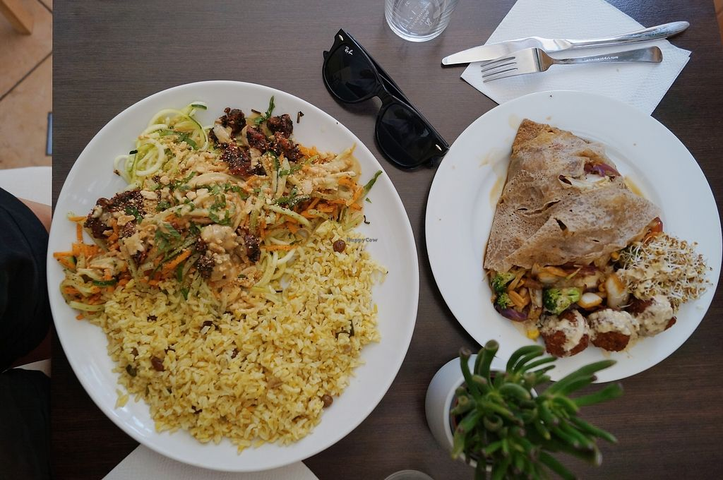 """Photo of Invita Fresh Food  by <a href=""""/members/profile/aureat"""">aureat</a> <br/>Super yummy Vietnamese salad with basmati rice and a wrap with veggies and falafels ??? <br/> July 19, 2017  - <a href='/contact/abuse/image/66908/282192'>Report</a>"""
