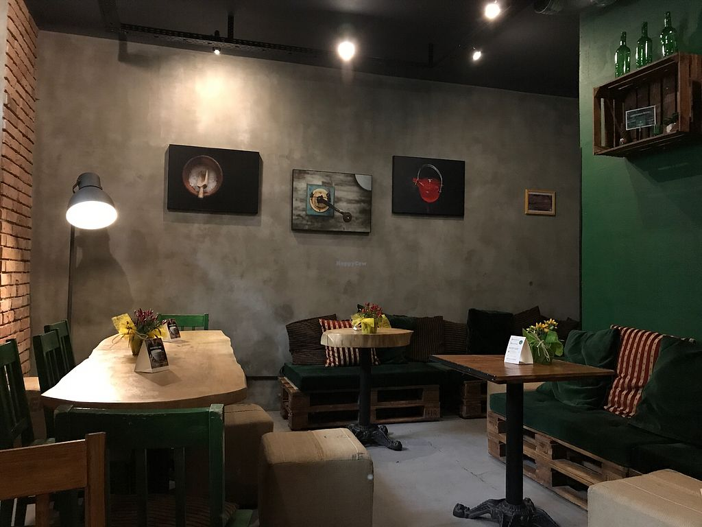 "Photo of Organic Coffee - Pl Konstytucji  by <a href=""/members/profile/tkhe"">tkhe</a> <br/>Nice space downstairs <br/> September 6, 2017  - <a href='/contact/abuse/image/66960/301407'>Report</a>"