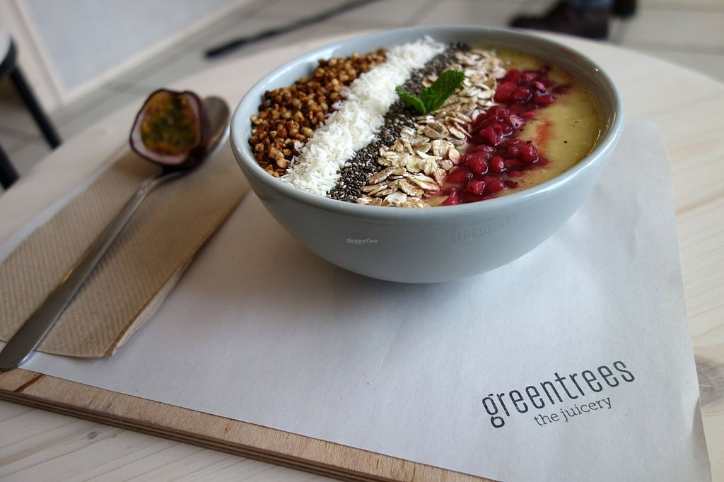 """Photo of Greentrees the Juicery  by <a href=""""/members/profile/DusselDaene"""">DusselDaene</a> <br/>Smoothie bowl <br/> December 12, 2015  - <a href='/contact/abuse/image/66981/128052'>Report</a>"""