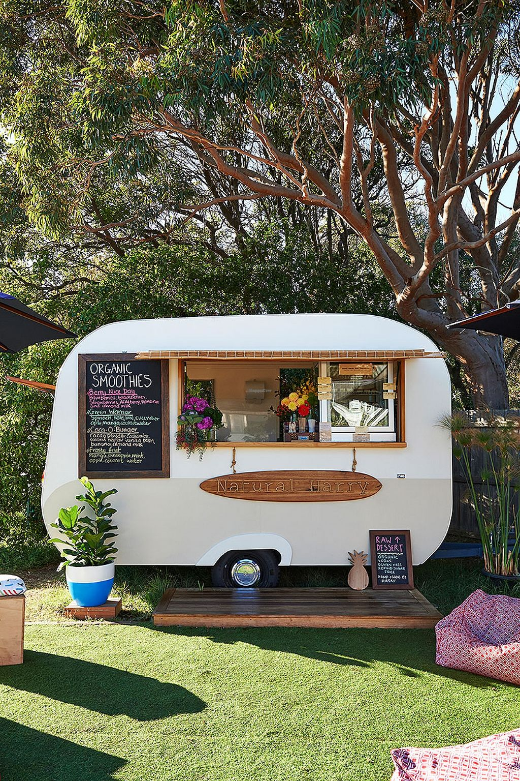 "Photo of CLOSED: Natural Harry - Food Trailer  by <a href=""/members/profile/Harriet%20Birrell"">Harriet Birrell</a> <br/>Gorgeous setting on the main street of a beautiful iconic Victorian coastal town.  <br/> December 13, 2015  - <a href='/contact/abuse/image/67021/128359'>Report</a>"