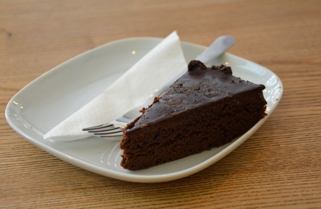"Photo of Pastva  by <a href=""/members/profile/citrameaune"">citrameaune</a> <br/>Chocolate cake <br/> July 24, 2016  - <a href='/contact/abuse/image/67064/161873'>Report</a>"