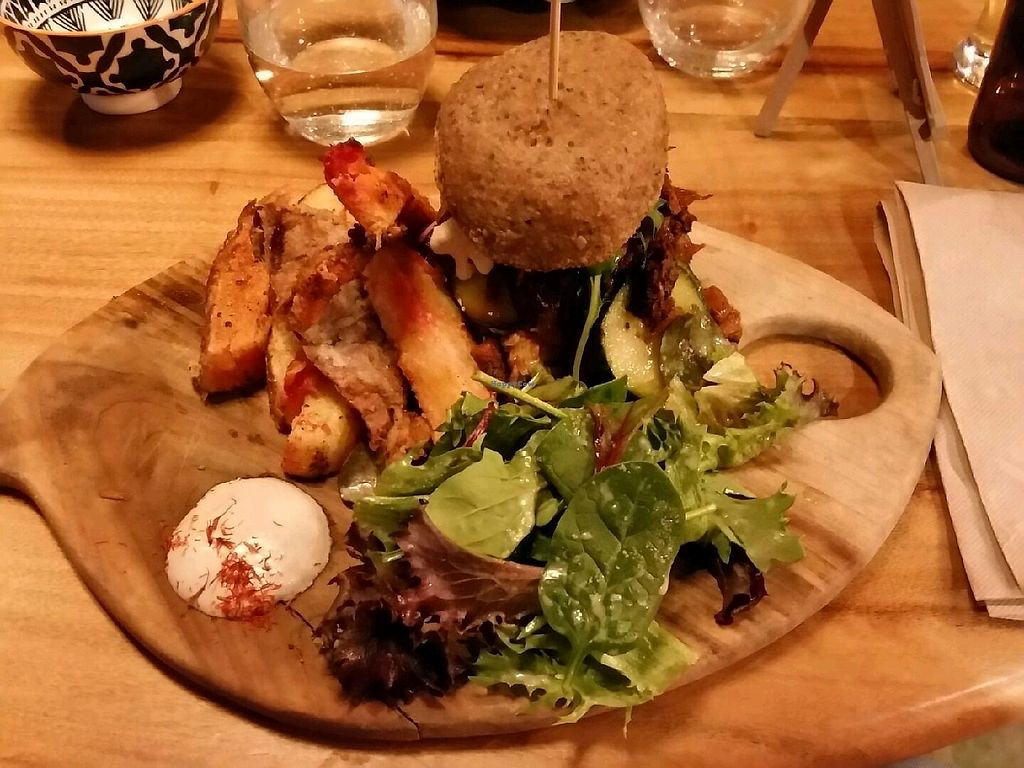"Photo of Elixiba - Maroochydore  by <a href=""/members/profile/HappyDe"">HappyDe</a> <br/>Smokehouse burger <br/> September 2, 2017  - <a href='/contact/abuse/image/67114/299928'>Report</a>"