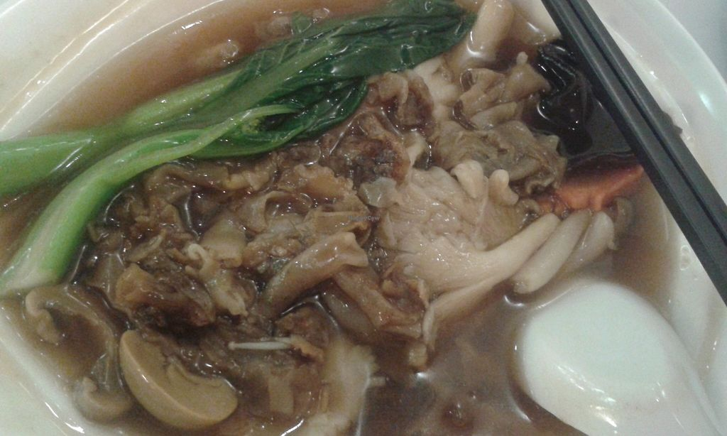 "Photo of CLOSED: Veggie House - Vegan Hut  by <a href=""/members/profile/hitchcube"">hitchcube</a> <br/>Veggie hor fun (thick rice noodles with gravy) <br/> December 30, 2015  - <a href='/contact/abuse/image/67172/130355'>Report</a>"