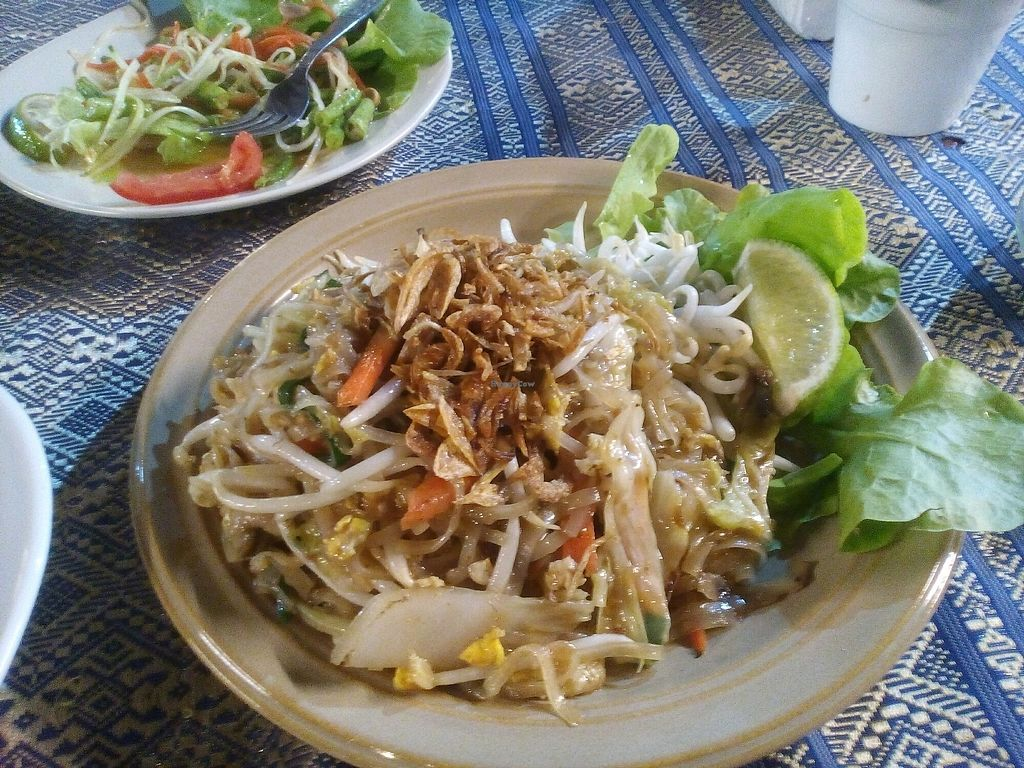 """Photo of Barrab  by <a href=""""/members/profile/carolink"""">carolink</a> <br/>pad thai <br/> April 18, 2018  - <a href='/contact/abuse/image/67252/387634'>Report</a>"""