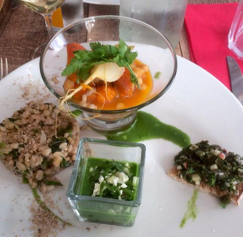"""Photo of La Bonne Quille  by <a href=""""/members/profile/Zoudofsky"""">Zoudofsky</a> <br/>The original veggie dish <br/> December 19, 2015  - <a href='/contact/abuse/image/67277/129100'>Report</a>"""