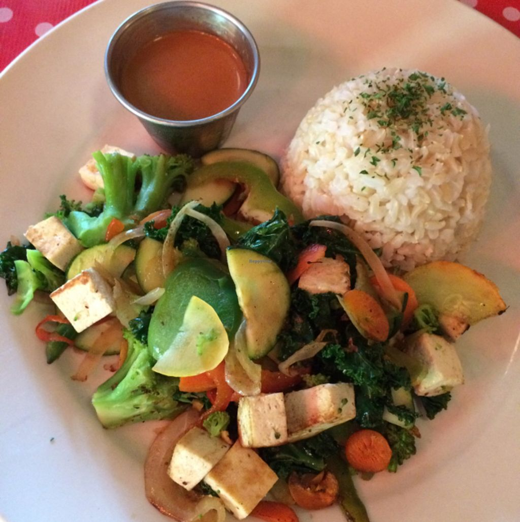 """Photo of Longbranch Cafe and Bakery  by <a href=""""/members/profile/Nagemireille"""">Nagemireille</a> <br/>vegetable medley type dish <br/> June 28, 2016  - <a href='/contact/abuse/image/6729/156529'>Report</a>"""