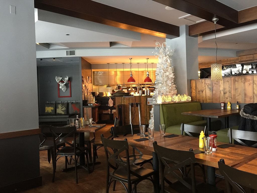 """Photo of Zuma Roadhouse  by <a href=""""/members/profile/adelee"""">adelee</a> <br/>Festive decor <br/> December 26, 2017  - <a href='/contact/abuse/image/67301/339094'>Report</a>"""