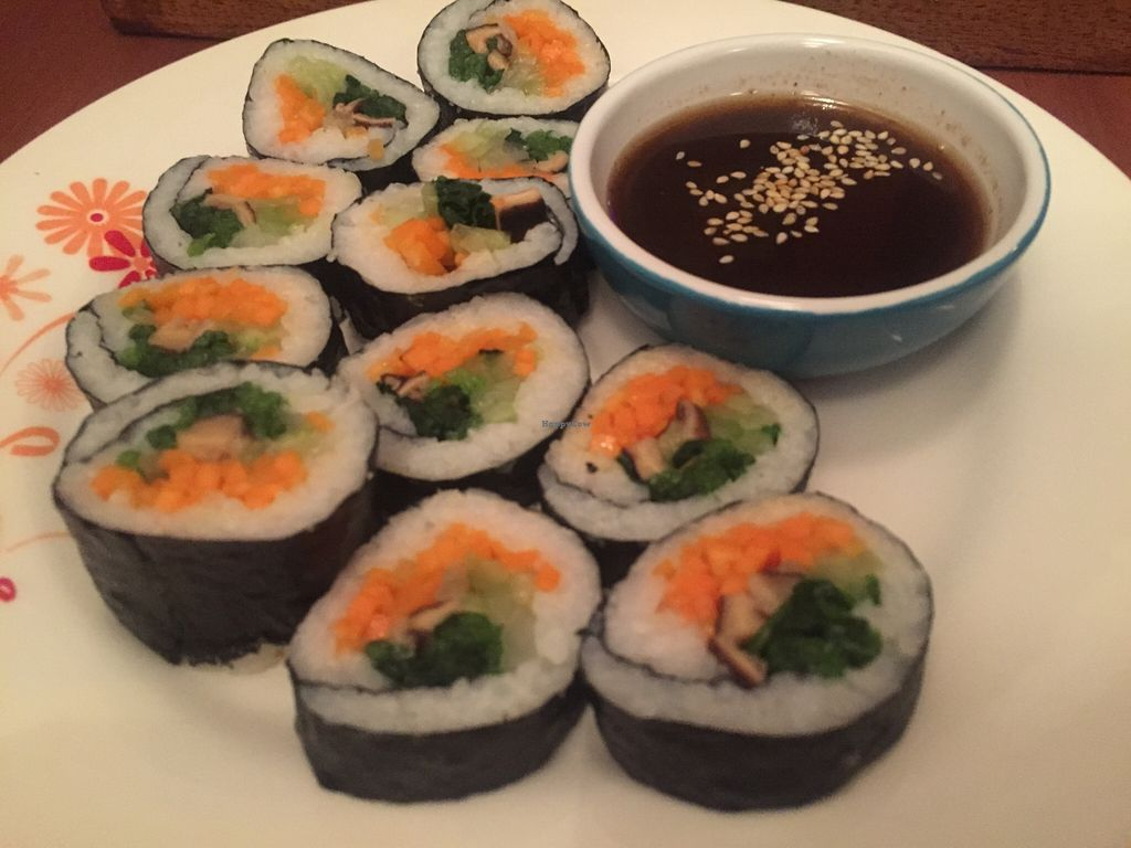 """Photo of Comida Coreana  by <a href=""""/members/profile/GabBatailleur"""">GabBatailleur</a> <br/>sushi! <br/> December 21, 2015  - <a href='/contact/abuse/image/67347/129388'>Report</a>"""