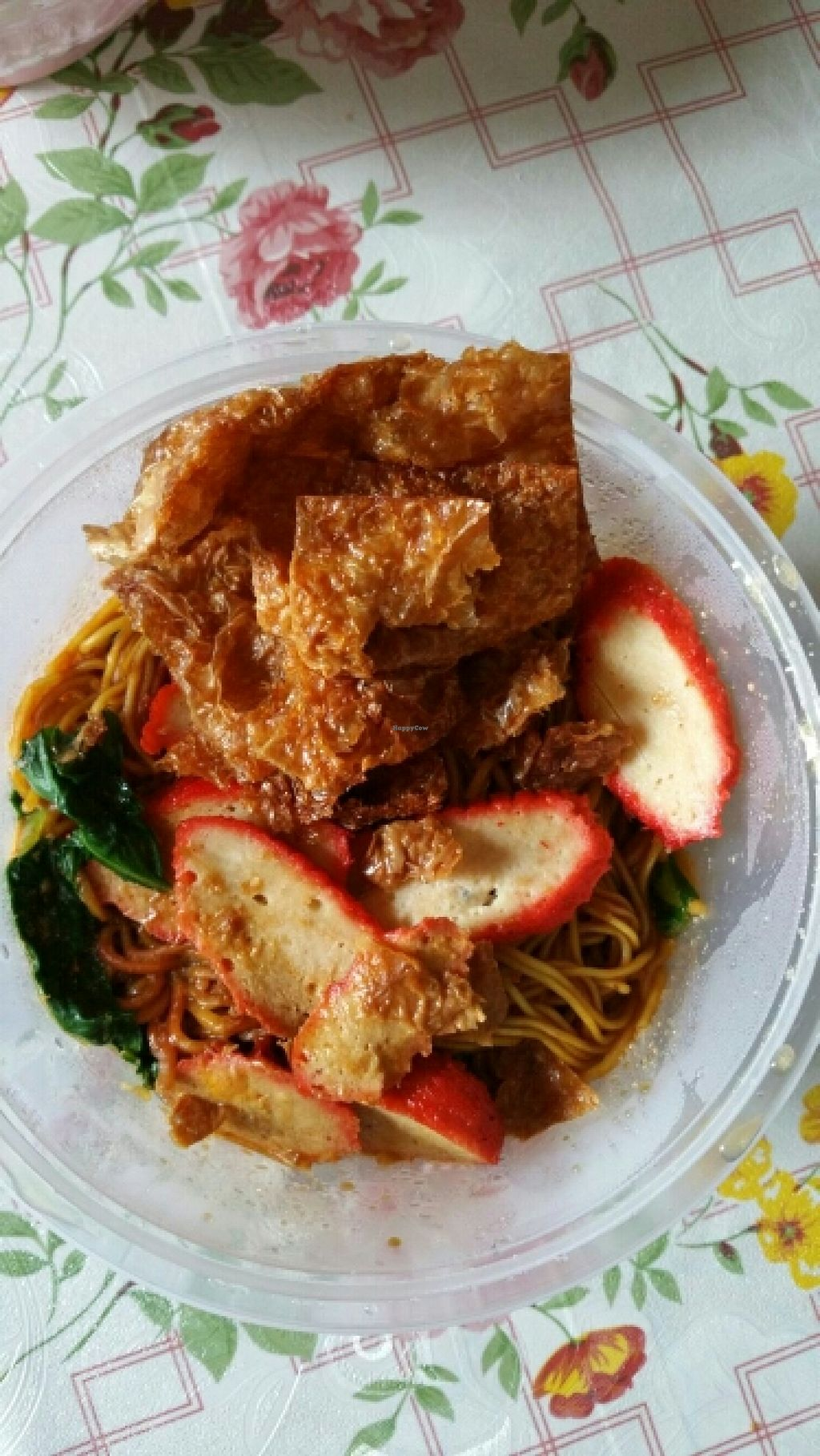 """Photo of Kwan Inn Vegetarian Stall - Chang Cheng Mee Wah Coffeeshop  by <a href=""""/members/profile/JimmySeah"""">JimmySeah</a> <br/>char siew (mock bbq pork) noodle <br/> December 21, 2015  - <a href='/contact/abuse/image/67375/129363'>Report</a>"""