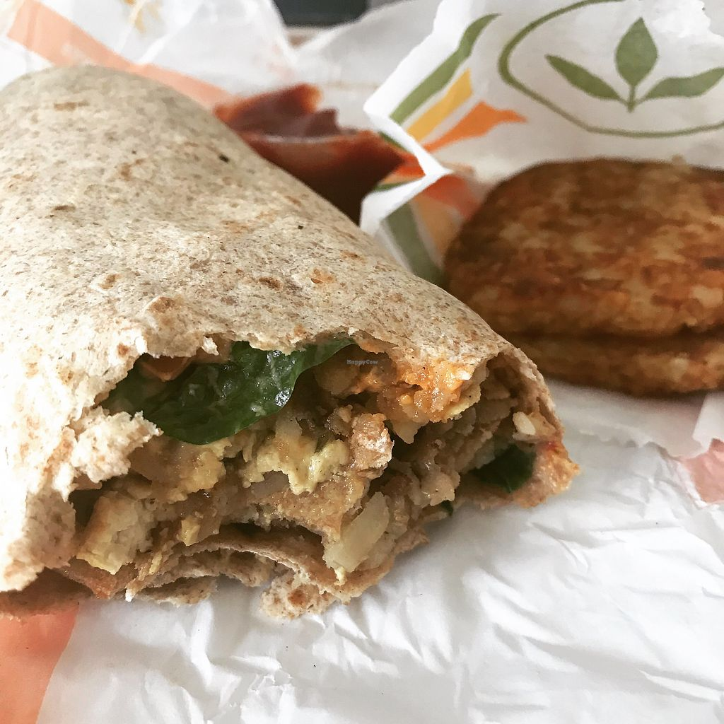 """Photo of Plant Power Fast Food  by <a href=""""/members/profile/SoWo1999"""">SoWo1999</a> <br/>Breakfast Burrito & Hash Browns <br/> October 10, 2017  - <a href='/contact/abuse/image/67395/314014'>Report</a>"""