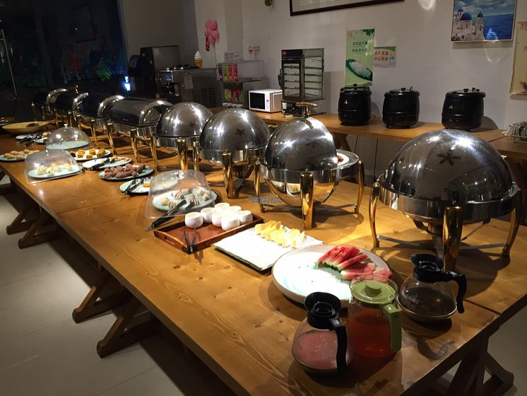 """Photo of Wu Tai Yun  by <a href=""""/members/profile/Coawarren"""">Coawarren</a> <br/>Buffet style vegetarian food <br/> October 5, 2016  - <a href='/contact/abuse/image/67421/179841'>Report</a>"""