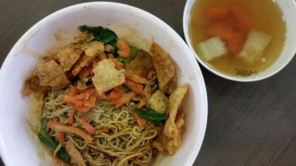 """Photo of Ming Shan Vegetarian Food Stall  by <a href=""""/members/profile/JimmySeah"""">JimmySeah</a> <br/>dried noodle <br/> May 15, 2016  - <a href='/contact/abuse/image/67424/149053'>Report</a>"""