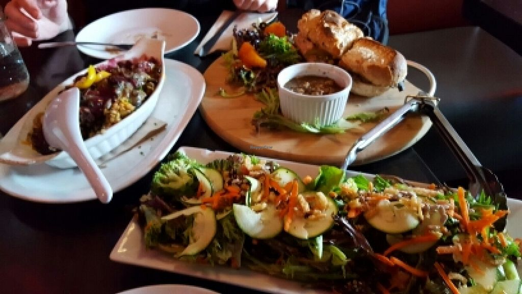 "Photo of Nourish Bistro  by <a href=""/members/profile/Bigbird"">Bigbird</a> <br/>beautiful tasty food <br/> May 21, 2016  - <a href='/contact/abuse/image/6744/150144'>Report</a>"