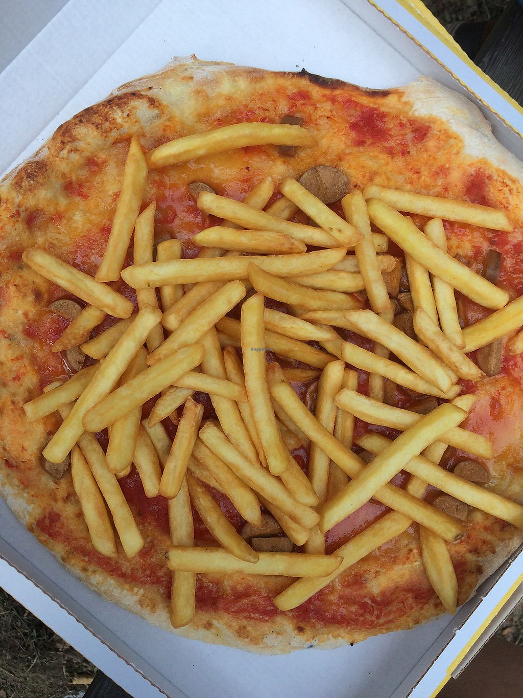 """Photo of Pronto Pizza  by <a href=""""/members/profile/veg%C3%A9line"""">vegéline</a> <br/>pizze america 269 <br/> August 1, 2017  - <a href='/contact/abuse/image/67579/287826'>Report</a>"""