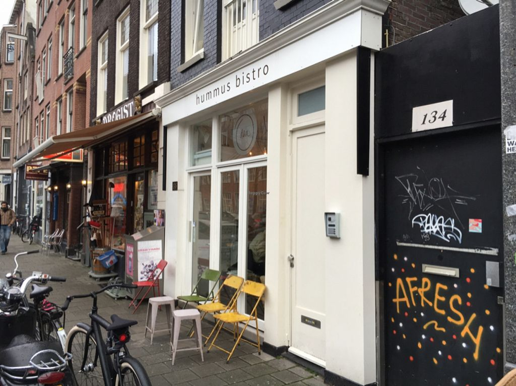"Photo of D&A Hummus Bistro - Westerstraat  by <a href=""/members/profile/hack_man"">hack_man</a> <br/>Outside <br/> January 2, 2016  - <a href='/contact/abuse/image/67768/130734'>Report</a>"