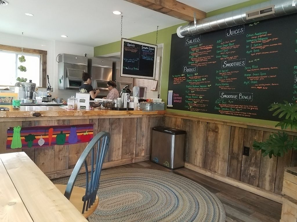 """Photo of The Raw Life Cafe and Juice Bar  by <a href=""""/members/profile/raphanos"""">raphanos</a> <br/>eat here <br/> May 30, 2017  - <a href='/contact/abuse/image/67775/264042'>Report</a>"""