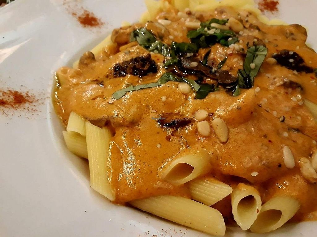 "Photo of Le Petit Pressoir  by <a href=""/members/profile/Nico-la"">Nico-la</a> <br/>penne truffes champignons <br/> July 13, 2017  - <a href='/contact/abuse/image/67785/280040'>Report</a>"