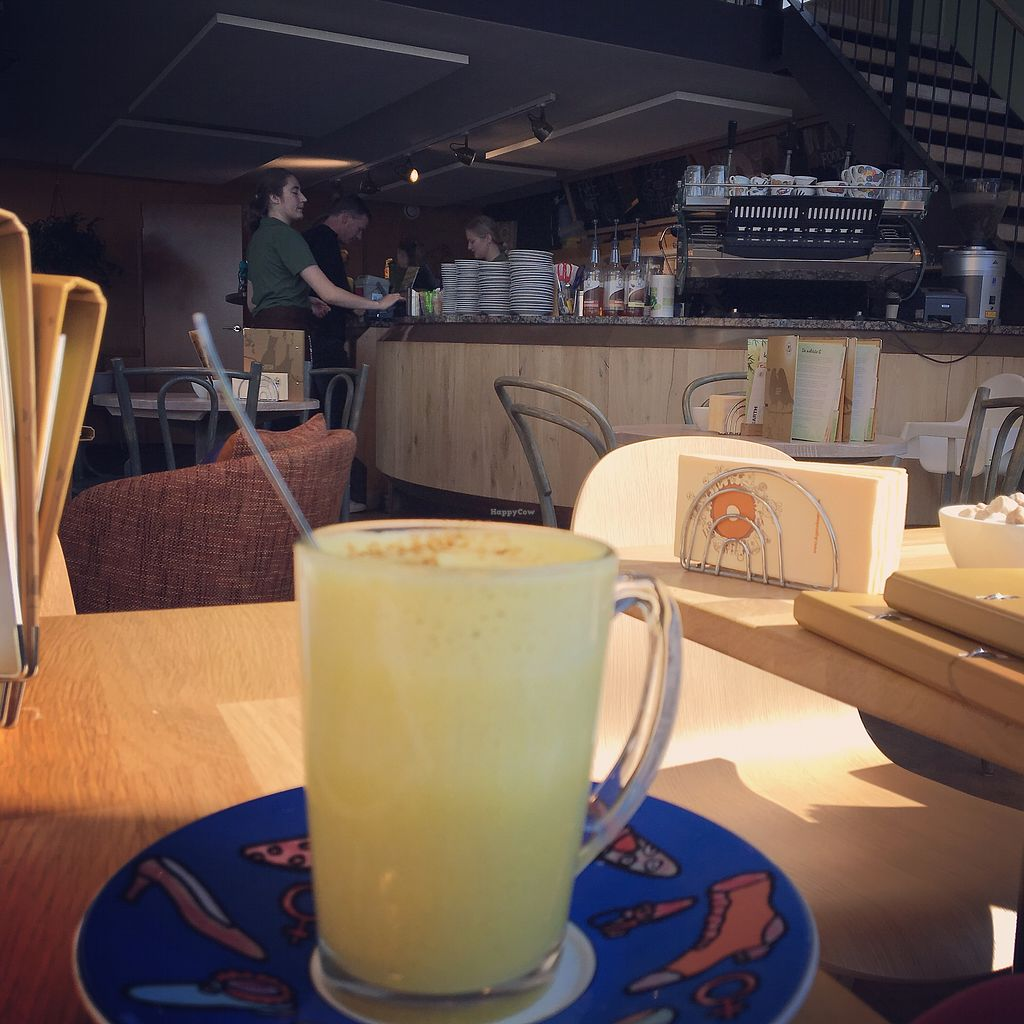 """Photo of Bagels & Beans - Stieltjesstraat  by <a href=""""/members/profile/Marianne1967"""">Marianne1967</a> <br/>The bar and kitchen <br/> September 11, 2017  - <a href='/contact/abuse/image/67833/303193'>Report</a>"""