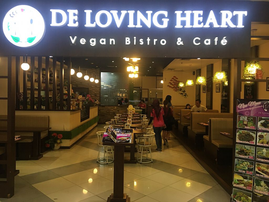 """Photo of De Loving Heart  by <a href=""""/members/profile/BernardKoh"""">BernardKoh</a> <br/>Interesting find at BCS Mall <br/> February 26, 2018  - <a href='/contact/abuse/image/67835/363898'>Report</a>"""