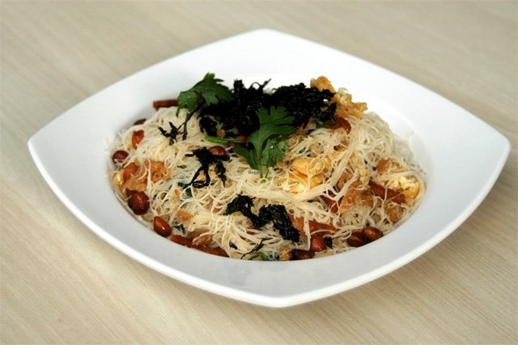 """Photo of Xin Yi Vegetarian Food  by <a href=""""/members/profile/community"""">community</a> <br/>Stir-fried beehoon <br/> January 21, 2016  - <a href='/contact/abuse/image/67841/133252'>Report</a>"""