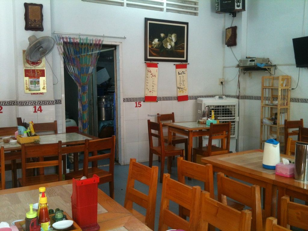 """Photo of Bach Thao  by <a href=""""/members/profile/CaluCalu"""">CaluCalu</a> <br/>interior of the restaurant <br/> January 5, 2016  - <a href='/contact/abuse/image/67891/131218'>Report</a>"""