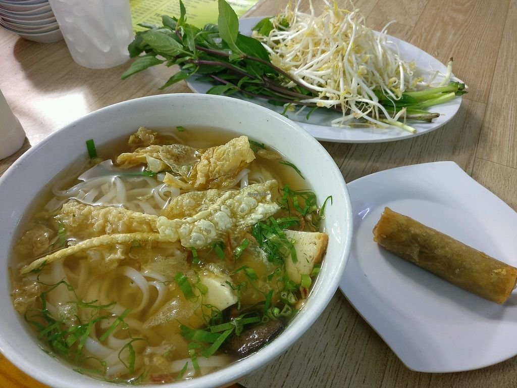 """Photo of Bach Thao  by <a href=""""/members/profile/cdnvegan"""">cdnvegan</a> <br/>Vegetarian pho with spring roll <br/> February 25, 2018  - <a href='/contact/abuse/image/67891/363624'>Report</a>"""