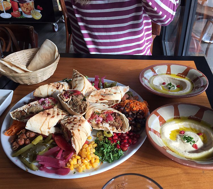 """Photo of Falafel Bejrut - Nowolipki  by <a href=""""/members/profile/pjp"""">pjp</a> <br/>falafel plate  <br/> July 14, 2017  - <a href='/contact/abuse/image/67895/280159'>Report</a>"""