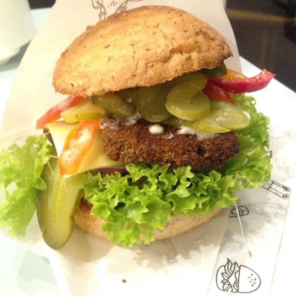 """Photo of Krowarzywa  by <a href=""""/members/profile/willowgrace95"""">willowgrace95</a> <br/>Burger with vegan cheese! <br/> November 12, 2017  - <a href='/contact/abuse/image/67910/324608'>Report</a>"""