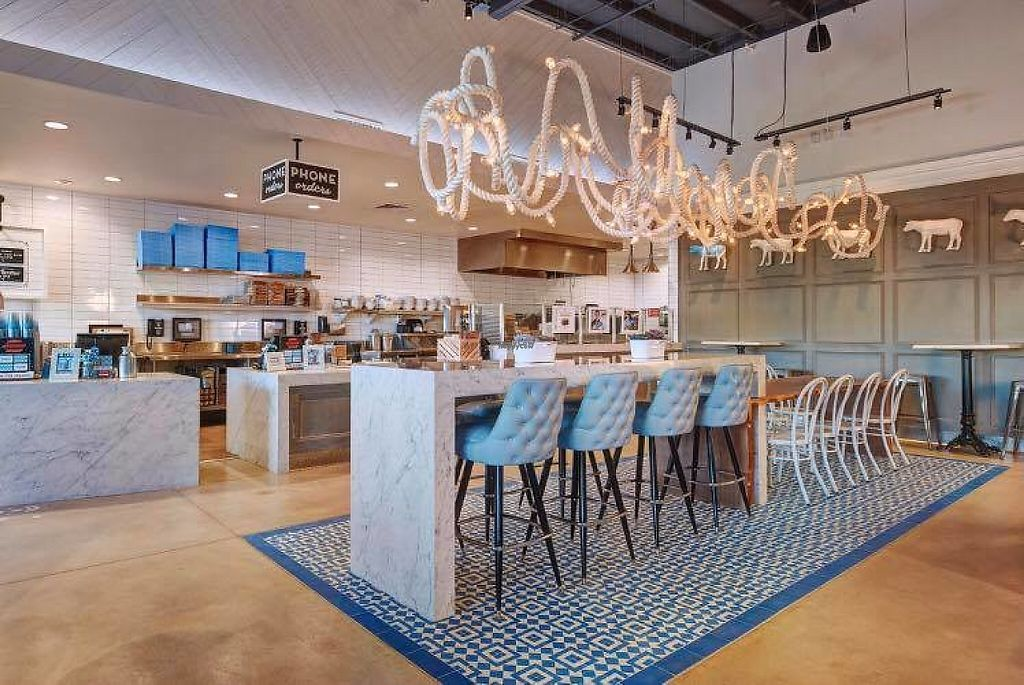 """Photo of Mendocino Farms  by <a href=""""/members/profile/community"""">community</a> <br/>Inside Mendocino Farms <br/> March 4, 2017  - <a href='/contact/abuse/image/67925/232414'>Report</a>"""
