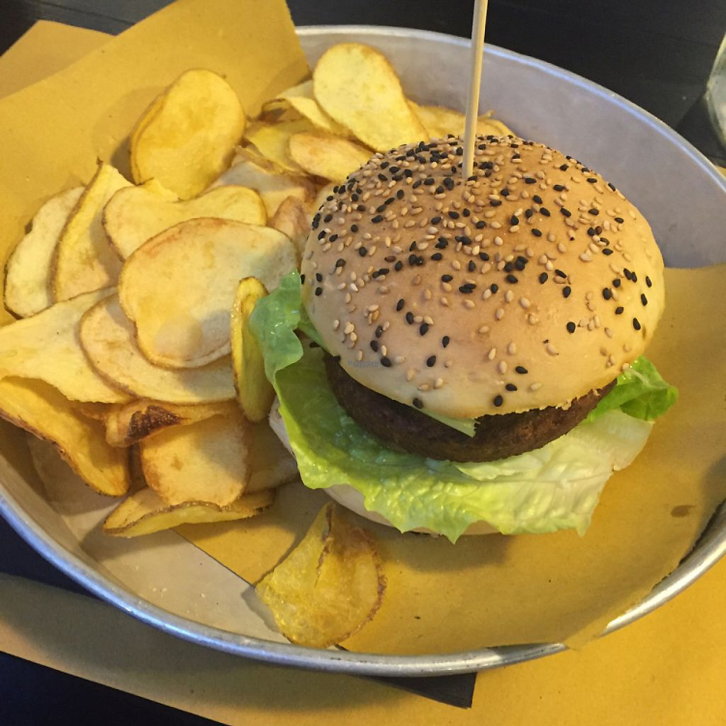 "Photo of Ferrovecchio  by <a href=""/members/profile/Neridah"">Neridah</a> <br/>Vegan burger & fresh chips (€9) <br/> November 18, 2016  - <a href='/contact/abuse/image/67989/191751'>Report</a>"