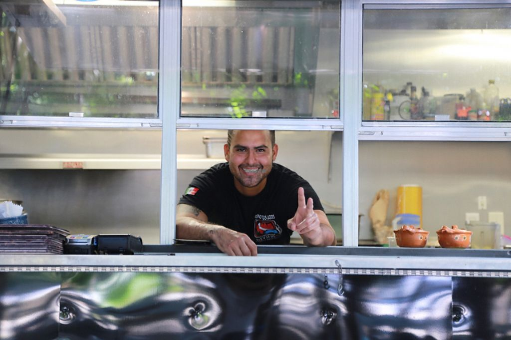 """Photo of Charly's Vegan Tacos - Food Truck  by <a href=""""/members/profile/Rubysunn"""">Rubysunn</a> <br/>the man behind the best tacos!  <br/> December 3, 2016  - <a href='/contact/abuse/image/68102/196961'>Report</a>"""
