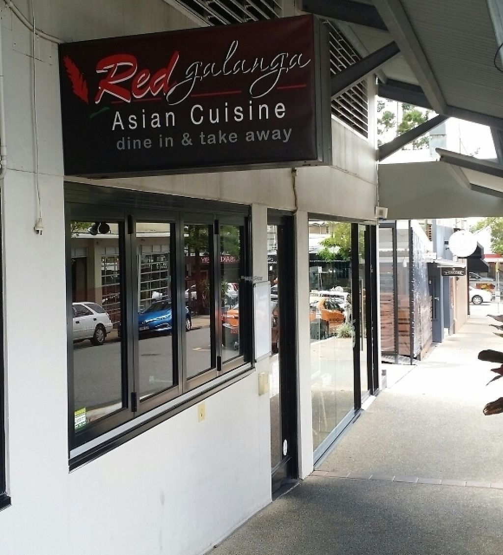 "Photo of Red Galanga Asian Cuisine  by <a href=""/members/profile/Mike%20Munsie"">Mike Munsie</a> <br/>street front <br/> April 24, 2017  - <a href='/contact/abuse/image/68110/252328'>Report</a>"