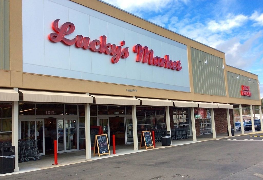 """Photo of Lucky's Market  by <a href=""""/members/profile/community4"""">community4</a> <br/>Lucky's Market  <br/> March 20, 2017  - <a href='/contact/abuse/image/68181/238633'>Report</a>"""
