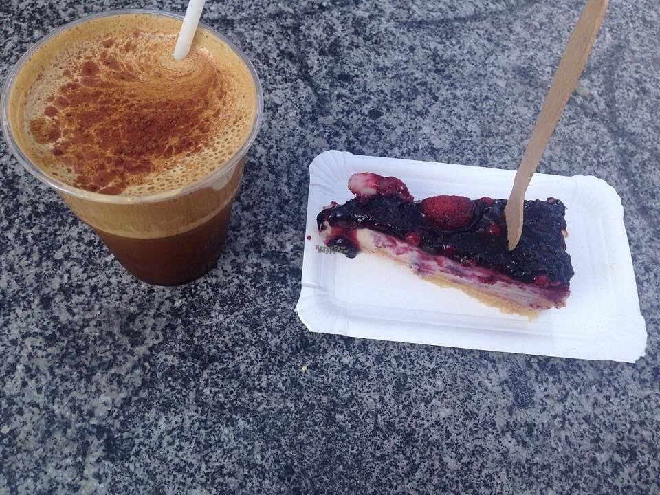 "Photo of Le Pique-Nique  by <a href=""/members/profile/Kyttiara"">Kyttiara</a> <br/>Barley coffee (Coffein free) and berry cheesecake with cashews from the Vegan Sommerfest  <br/> August 30, 2016  - <a href='/contact/abuse/image/68208/172465'>Report</a>"