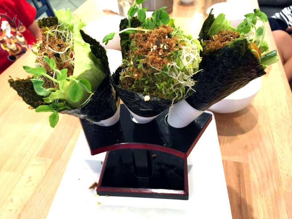 "Photo of Cay Da Da  by <a href=""/members/profile/veggiecravings"">veggiecravings</a> <br/>Hand Sushi Roll <br/> January 11, 2016  - <a href='/contact/abuse/image/68235/132112'>Report</a>"