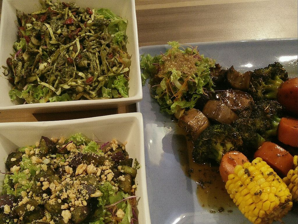 """Photo of Seeds Garden Bistro  by <a href=""""/members/profile/GogoVego"""">GogoVego</a> <br/>Dinner Time! <br/> January 6, 2018  - <a href='/contact/abuse/image/68249/343469'>Report</a>"""