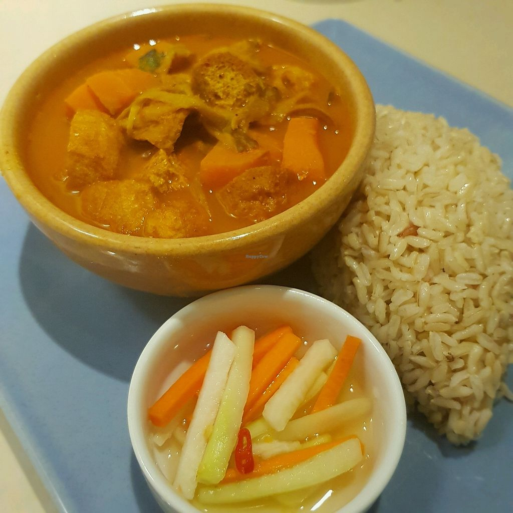 """Photo of Seeds Garden Bistro  by <a href=""""/members/profile/ChrisWoodward"""">ChrisWoodward</a> <br/>Kampong Curry with brown rice and pickles - absolutely delicious <br/> March 25, 2018  - <a href='/contact/abuse/image/68249/375708'>Report</a>"""