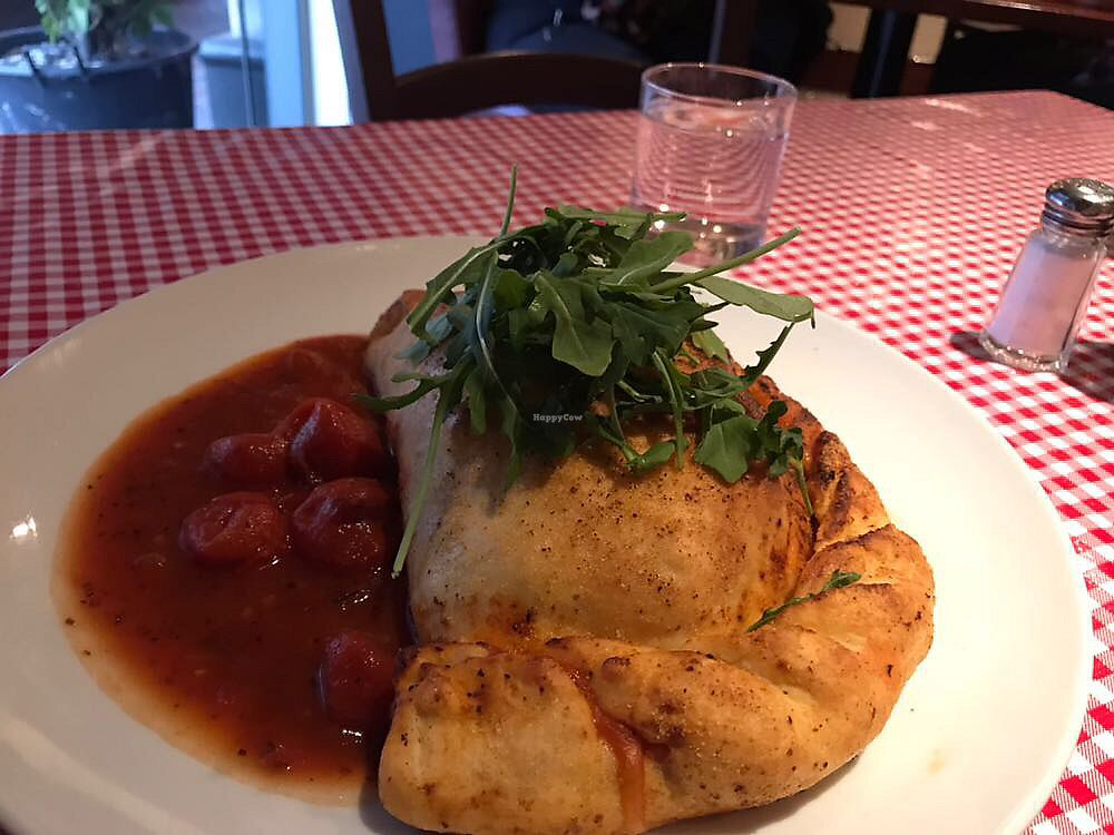 "Photo of Farelli's Trattoria  by <a href=""/members/profile/Paolla"">Paolla</a> <br/>Vegan calzone <br/> November 27, 2017  - <a href='/contact/abuse/image/68261/329878'>Report</a>"