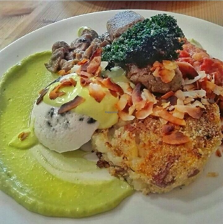 """Photo of Seize  by <a href=""""/members/profile/VeganArtChic"""">VeganArtChic</a> <br/>the vegan big breakfast - so good! ?  <br/> August 16, 2017  - <a href='/contact/abuse/image/68314/293228'>Report</a>"""
