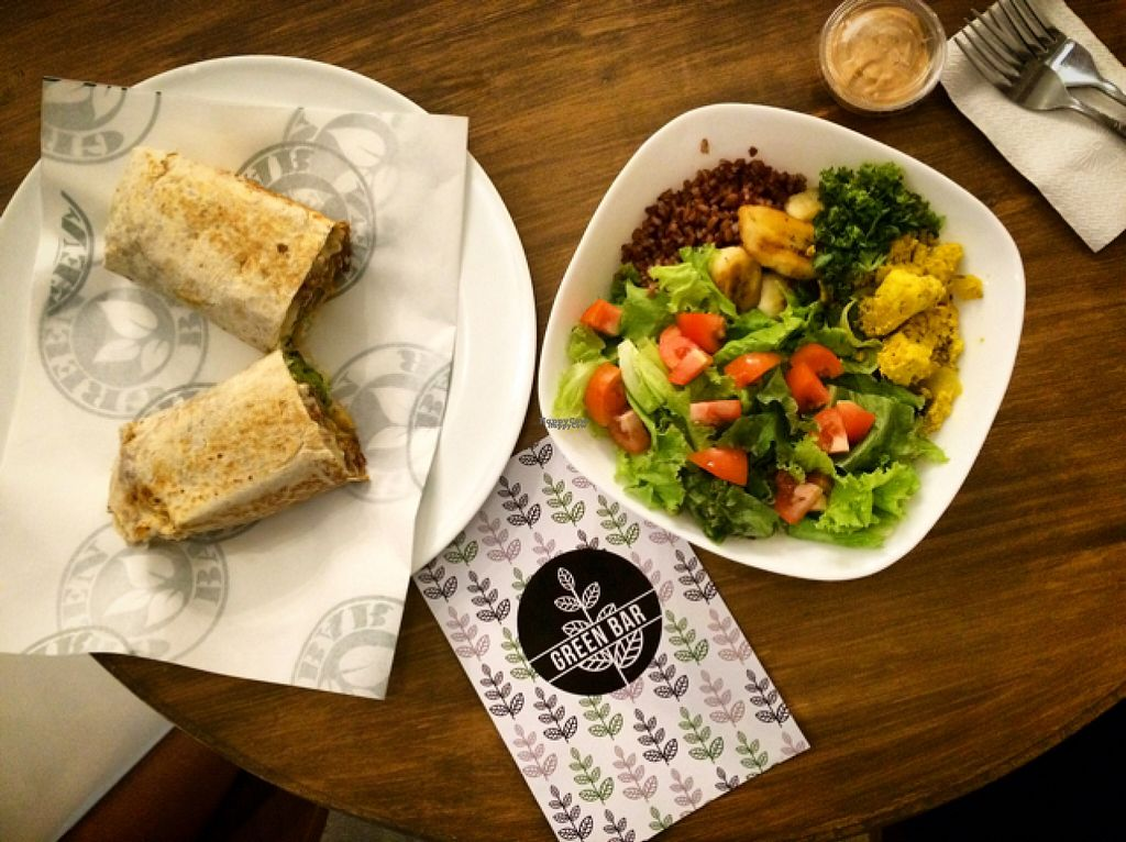 """Photo of Green Bar - Makati  by <a href=""""/members/profile/jaderani"""">jaderani</a> <br/>huge build a bowl salads!  <br/> August 13, 2016  - <a href='/contact/abuse/image/68402/168081'>Report</a>"""