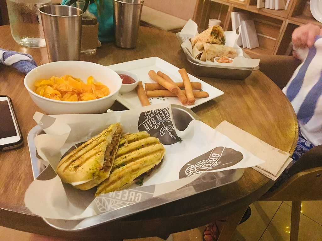 """Photo of Green Bar - Makati  by <a href=""""/members/profile/ZiggyKohl"""">ZiggyKohl</a> <br/>? <br/> November 29, 2017  - <a href='/contact/abuse/image/68402/330501'>Report</a>"""
